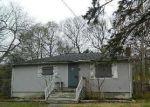 Foreclosed Home in Mastic 11950 VAN BUREN ST - Property ID: 3962566389