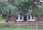 Foreclosed Home in Alvin 77511 MARK CIR - Property ID: 3962598363