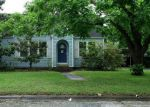 Foreclosed Home in Sealy 77474 FOWLKES ST - Property ID: 3965770610