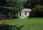 Foreclosed Home in Winston Salem 27103 MACE CIR - Property ID: 3967052110