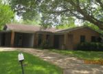 Foreclosed Home in Alexandria 71302 RICHMOND DR - Property ID: 3967091992