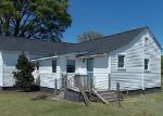 Foreclosed Home in Kinston 28501 GIRL SCOUT RD - Property ID: 3967190520