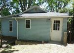 Foreclosed Home in Hendersonville 28792 OAKHURST ST - Property ID: 3967336360