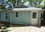 Foreclosed Home in Hendersonville 28792 OAKHURST ST - Property ID: 3967336360