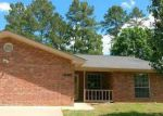 Foreclosed Home in Nacogdoches 75964 SCARLET OAK ST - Property ID: 3967820324