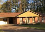 Foreclosed Home in Jackson 38301 VILLA DR - Property ID: 3967850103