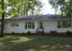 Foreclosed Home in Gadsden 35904 HOWELL CIR - Property ID: 3968482999
