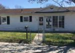 Foreclosed Home in Lawrenceburg 47025 RANDY AVE - Property ID: 3969030900