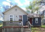Foreclosed Home in Carthage 64836 E 6TH ST - Property ID: 3969235869