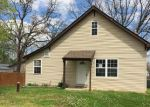 Foreclosed Home in Saint Clair 63077 PARKWAY DR - Property ID: 3969279211