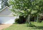Foreclosed Home in Pearl 39208 OAK LAWN DR - Property ID: 3969284477