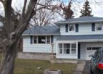 Foreclosed Home in Rochester 14606 DOWNSVIEW DR - Property ID: 3969590624