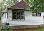 Foreclosed Home in Waterloo 50703 NEWTON ST - Property ID: 3970942649