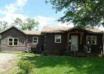 Foreclosed Home in Topeka 66607 SE INDIANA AVE - Property ID: 3970949658