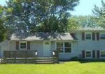 Foreclosed Home in Louisville 40214 QUILLMAN RD - Property ID: 3970969359