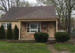 Foreclosed Home in Farmington 48336 ORCHARD LAKE RD - Property ID: 3971022352