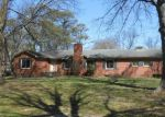Foreclosed Home in Clarksdale 38614 LYNN AVE - Property ID: 3971665300