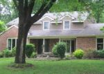 Foreclosed Home in Mount Vernon 62864 WESTBROOK DR - Property ID: 3973726856