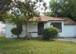 Foreclosed Home in Sacramento 95820 23RD AVE - Property ID: 3974027737