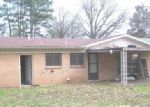 Foreclosed Home in Texarkana 71854 CENTRAL ST - Property ID: 3974078540
