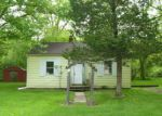 Foreclosed Home in Elgin 60123 JERUSHA AVE - Property ID: 3974798120