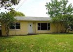 Foreclosed Home in Gibsonton 33534 ADAMSVILLE RD - Property ID: 3975781829