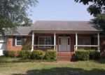 Foreclosed Home in Hope Mills 28348 GOLFVIEW RD - Property ID: 3977662930