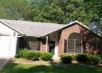 Foreclosed Home in Lufkin 75904 CASTLEWOOD CIR - Property ID: 3977989651