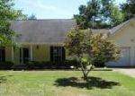 Foreclosed Home in Tuscaloosa 35405 BLAKE DR - Property ID: 3978234923