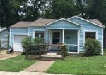 Foreclosed Home in Fort Worth 76110 STANLEY AVE - Property ID: 3978680325