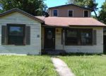 Foreclosed Home in Victoria 77901 E WARREN AVE - Property ID: 3978715366