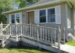 Foreclosed Home in Des Moines 50317 E 37TH ST - Property ID: 3978721951