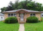 Foreclosed Home in Carthage 64836 E 15TH ST - Property ID: 3980069135