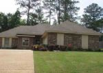Foreclosed Home in Brandon 39047 GLENSVIEW DR - Property ID: 3980088867