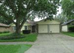 Foreclosed Home in League City 77573 PICKETT DR - Property ID: 3980270618