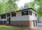 Foreclosed Home in Saint Joseph 49085 CIRCLE DR - Property ID: 3980300394
