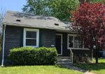 Foreclosed Home in Wyandotte 48192 LINDBERGH ST - Property ID: 3980323166