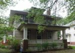 Foreclosed Home in Topeka 66604 SW COLLEGE AVE - Property ID: 3980563172