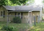 Foreclosed Home in Wood River 62095 12TH ST - Property ID: 3980742306
