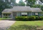 Foreclosed Home in Greenville 38701 N DYER CIR - Property ID: 3981176337