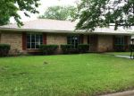 Foreclosed Home in Cleburne 76033 SURRY PLACE DR - Property ID: 3982278282