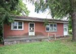 Foreclosed Home in Harrisburg 17111 CHAMBERS HILL RD - Property ID: 3982426767