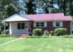 Foreclosed Home in New Bern 28560 CENTER AVE - Property ID: 3982691290