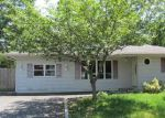 Foreclosed Home in Shirley 11967 TIPTON DR W - Property ID: 3982738601