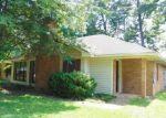 Foreclosed Home in Brandon 39047 BELLEGROVE CIR - Property ID: 3983026340