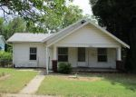 Foreclosed Home in Arkansas City 67005 W ADAMS AVE - Property ID: 3983364459