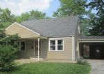 Foreclosed Home in Troy 62294 STAUNTON RD - Property ID: 3983466964