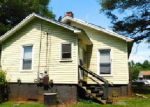 Foreclosed Home in Mount Holly 28120 BELL ST - Property ID: 3984034117