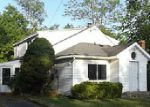 Foreclosed Home in Derby 14047 WAYNE DR - Property ID: 3984211503