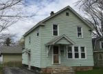 Foreclosed Home in Oneida 13421 EARL AVE - Property ID: 3984217640